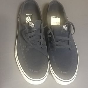 Vans Shoes - Van's Men's Shoes, size 12